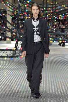 Dior Homme Summer 2017 Collection (16)