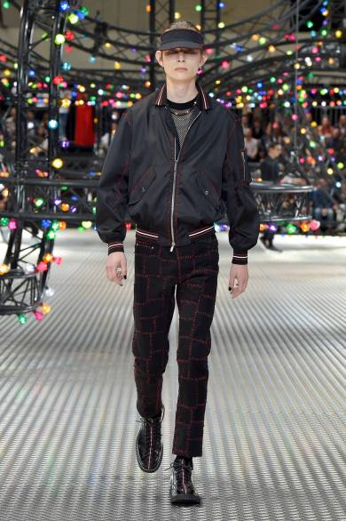 Dior Homme Summer 2017 Collection (18)