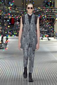 Dior Homme Summer 2017 Collection (22)
