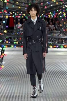 Dior Homme Summer 2017 Collection (23)