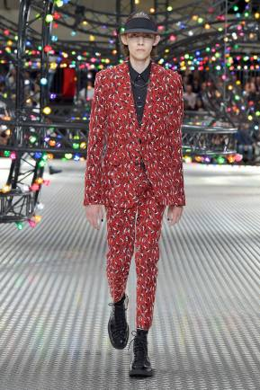Dior Homme Summer 2017 Collection (26)