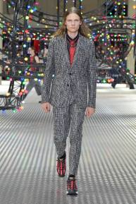 Dior Homme Summer 2017 Collection (43)