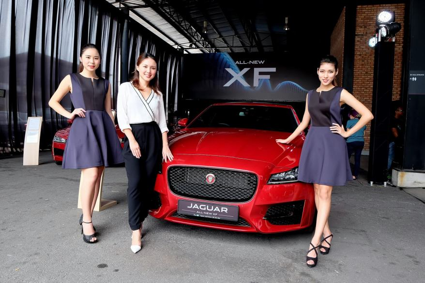 Jaguar XF 2016 (1)