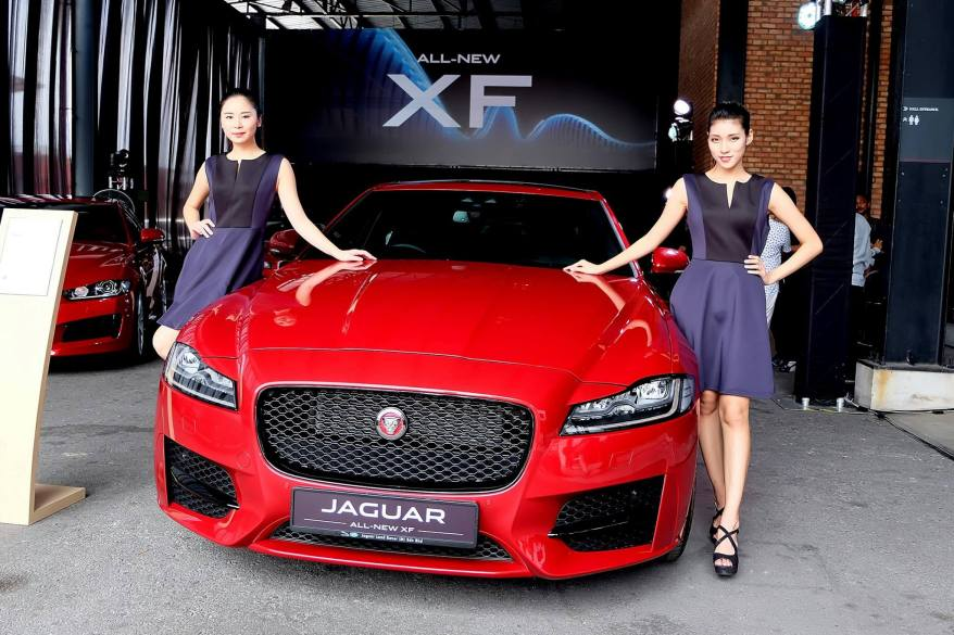 Jaguar XF 2016 (4)