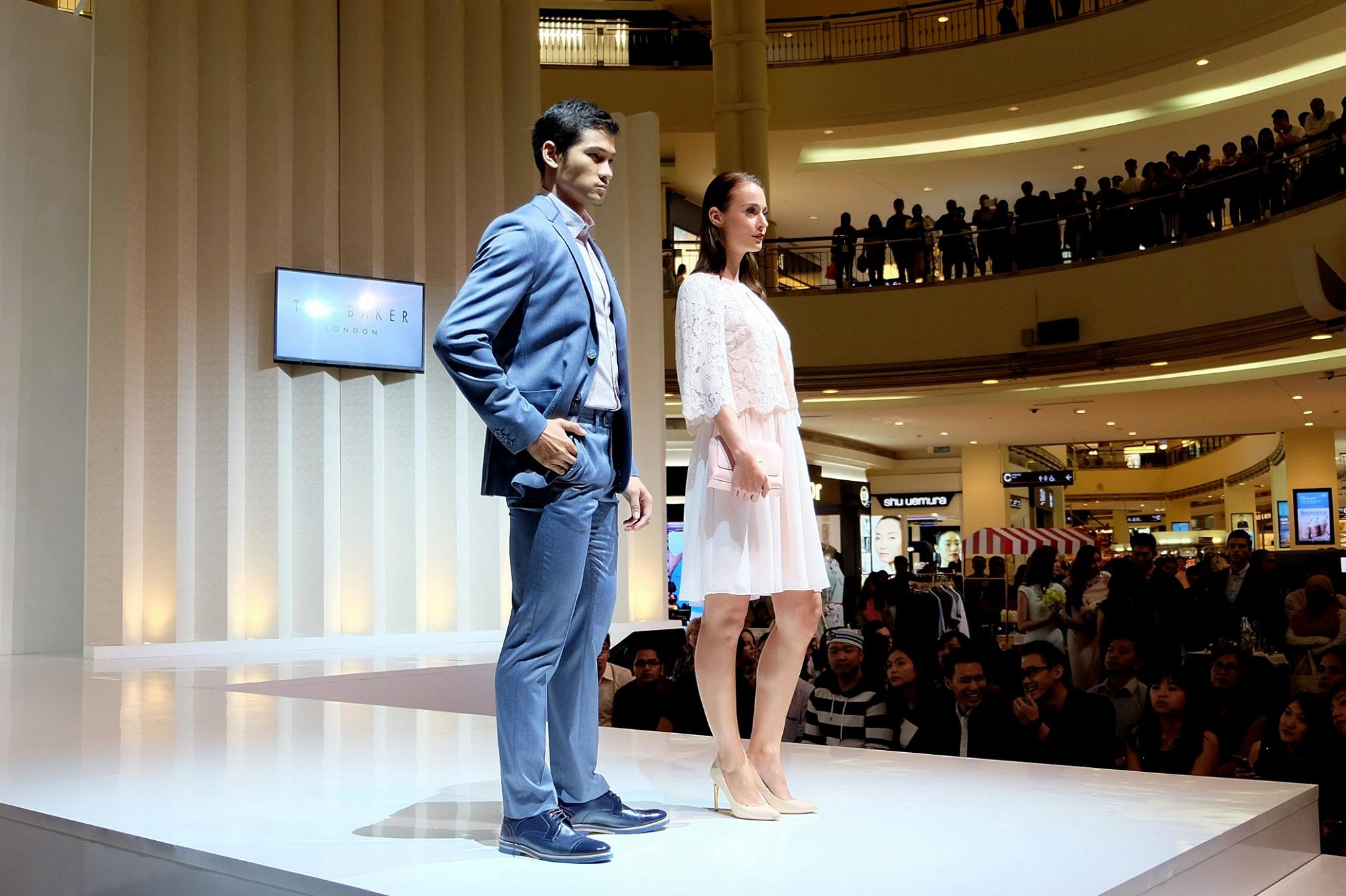 0028cfdee069 Ted Baker Spring Summer 2016 Collection at KLCC Fashion Week 2016 ...
