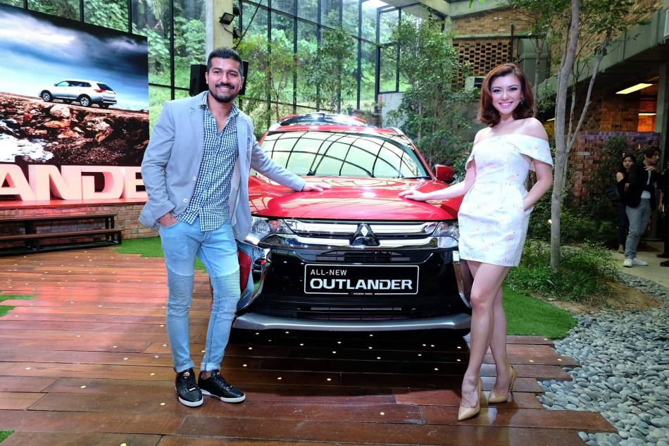 Roen with girlfriend and Miss Universe Malaysia Carey Ng who will be driving the Outlander SUV around for a while