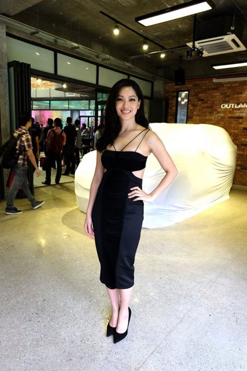 The pretty Sarah Lian was the MC for the event