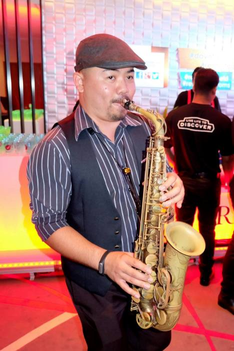 Saxophonist Goh Boon Aik keeping us entertained