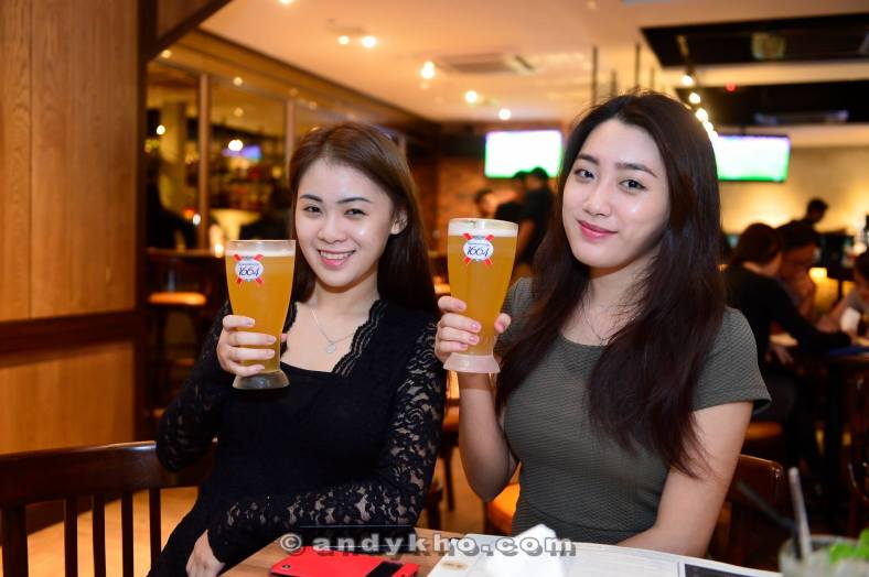 Kronenbourg Blanc or Asahi - 2 pints for RM42
