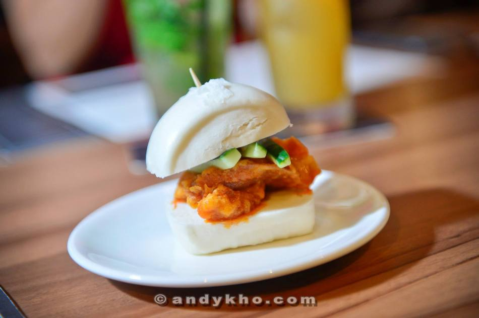 Mantou Buttermilk Fried Chicken - RM 9