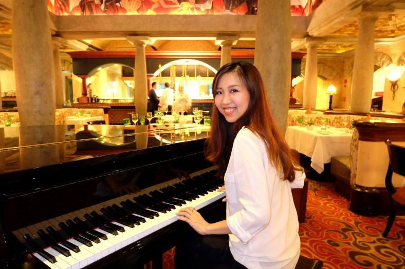 New pianist at Villa Danieli?
