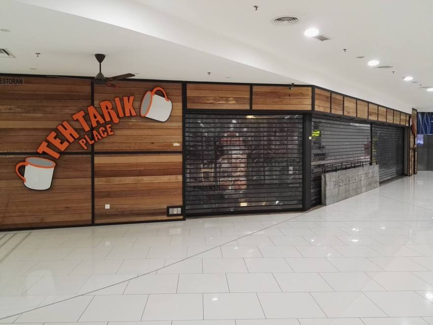 Quite sadly, the mall has become a graveyard of shops which have folded.