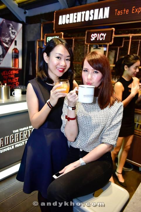 Wei Lynn and Joey enjoying their Auchentoshan cocktails