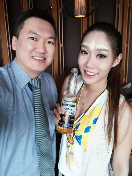 With sweet Yiwen
