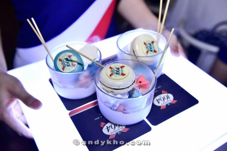 Some cool liquid nitrogen desserts which the girls loved