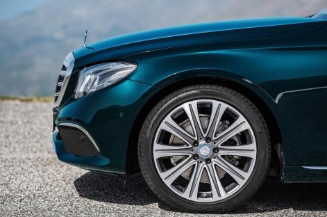Mercedes Benz E Class Exclusive (4)
