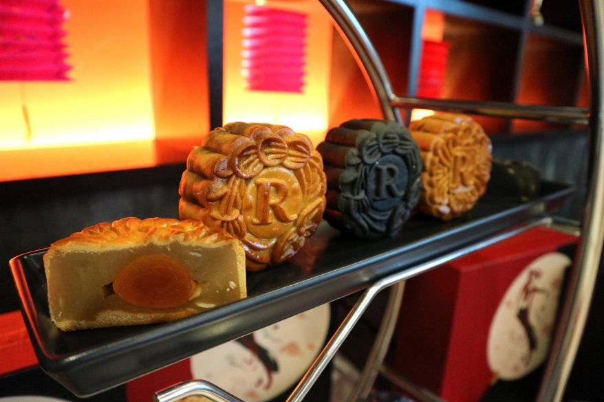 Renaissance Kuala Lumpur Hotel Mooncake (4)