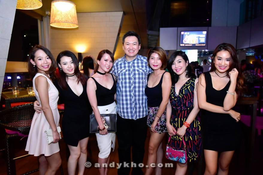 SkyBar Traders Hotel Kuala Lumpur (13)