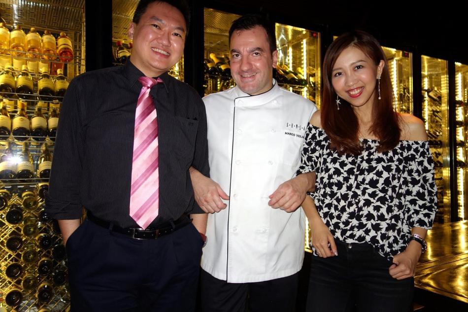 My partner in crime and me with Chef Marco who's a really jolly chef! (This photo was NOT taken with the Leica D-Lux.)