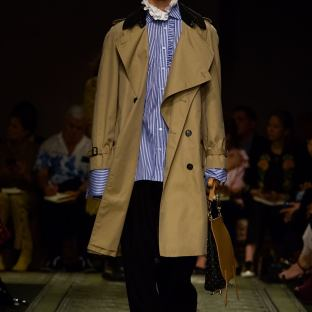 burberry-september-2016-collection-show-75