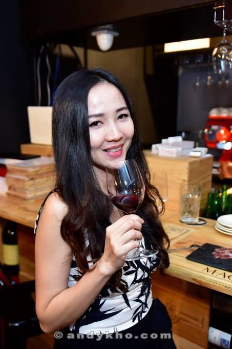 tinto-wine-tapas-bar-desa-sri-hartamas-33