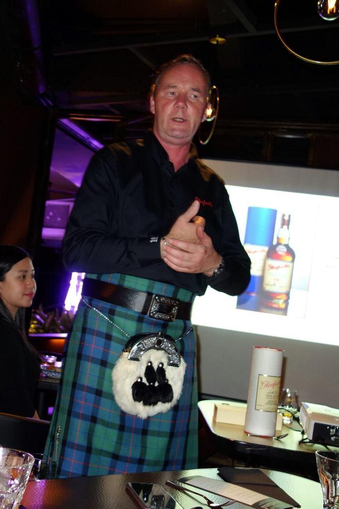 Ian McWilliam, brand ambassador for Glenfarclas leading the tasting