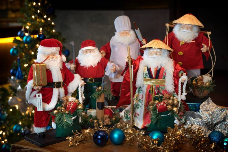 Santa Dolls