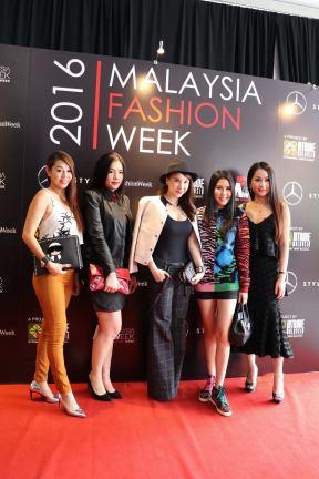 Malaysia Fashion Week MFW 2016 Matrade (10)