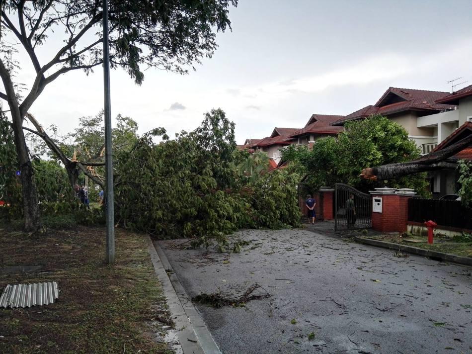 storm-damage-in-petaling-jaya-selangor-4