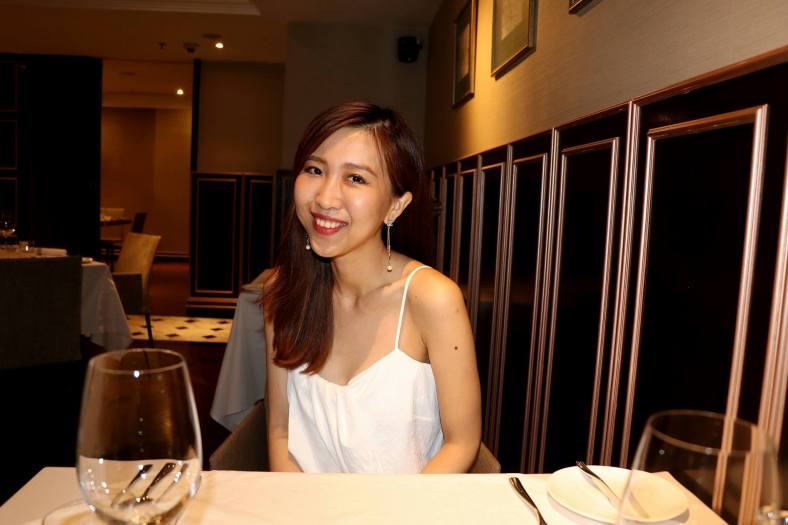 But I always feel that the full test of a camera's capabilities are in low lighting situations such as indoors in a romantic restaurant. I used the Night Portrait mode for this shot and while most girls hate photographers using direct flash I must say that the flash was not too harsh and the colours were pretty acceptable (although I think a bounced flash would still be much nicer).