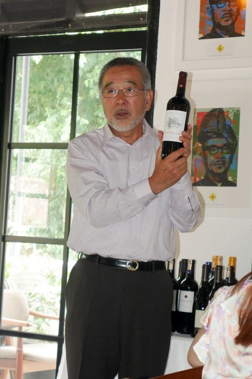 He also gave away a very expensive and rate bottle of wine through a lucky draw for members present at the lunch