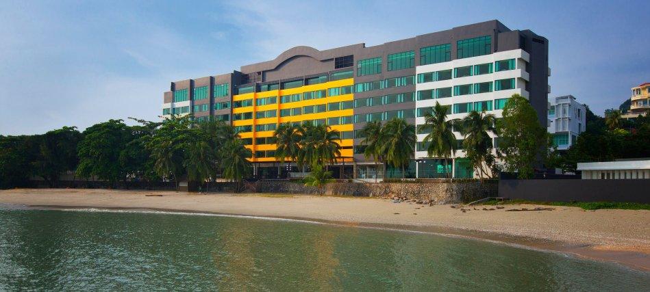 four-points-by-sheraton-penang-hotel-facade