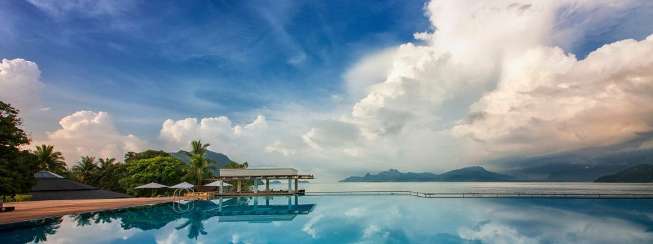 the-westin-langkawi-infinity-pool