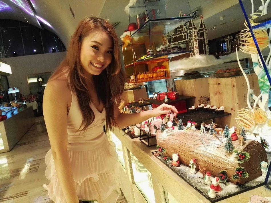 traders-hotel-kl-christmas-2
