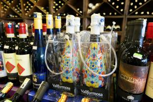 Corks Out Wine Shop Taman Tun Dr Ismail Kuala Lumpur (14)