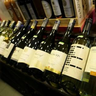 Corks Out Wine Shop Taman Tun Dr Ismail Kuala Lumpur (20)