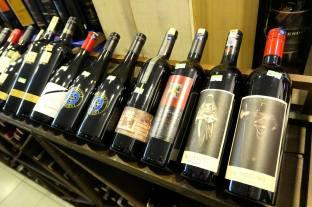 Corks Out Wine Shop Taman Tun Dr Ismail Kuala Lumpur (7)
