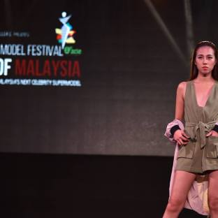 Amber Chia Face of Malaysia Model Search (17)