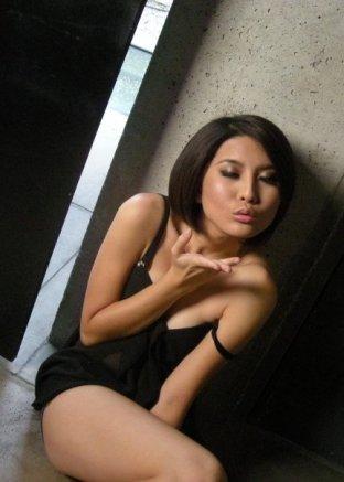 FHM Malaysia Girl Next Door Yvonne Sim (50)