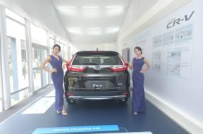 Honda female models (3)