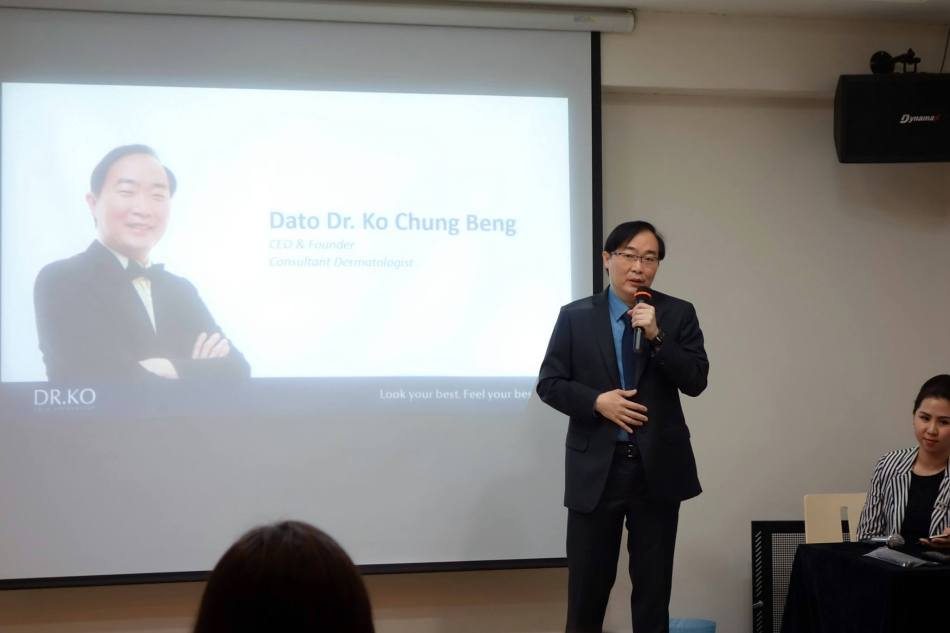 Dr. Ko Chung Beng giving the welcome address