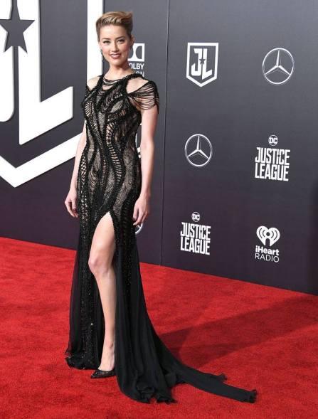 Amber Heard in Versace 01
