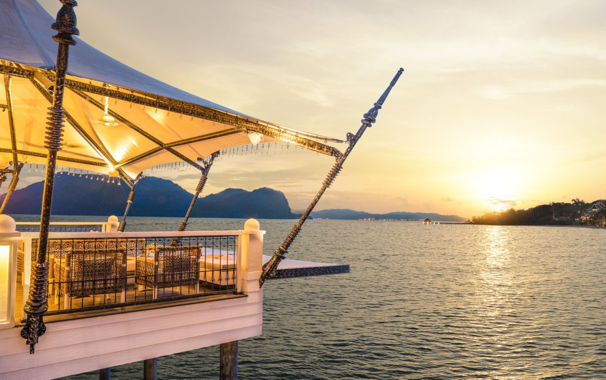 Valentine's Day 2018 - Romantic Restaurant Dinners and Promotions in Hotels in Kuala Lumpur, Penang and Langkawi