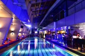 DJ Leng Yein at SkyBar Traders Hotel Kuala Lumpur (4)