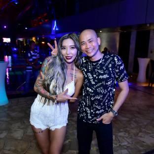DJ Leng Yein at SkyBar Traders Hotel Kuala Lumpur (8)