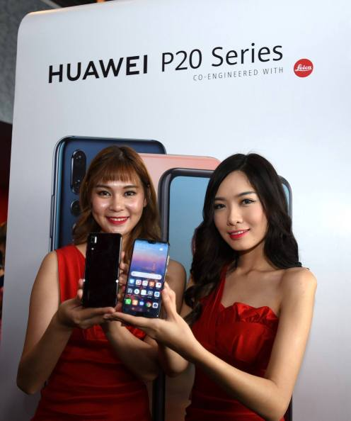 12. HUAWEI brand ambassadors with the brand new HUAWEI P20 Series - the world_s best smartphone camera (3)
