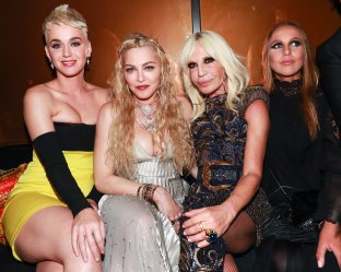 Katy Perry, Madonna, Donatella Versace, Allegra Versace (2)