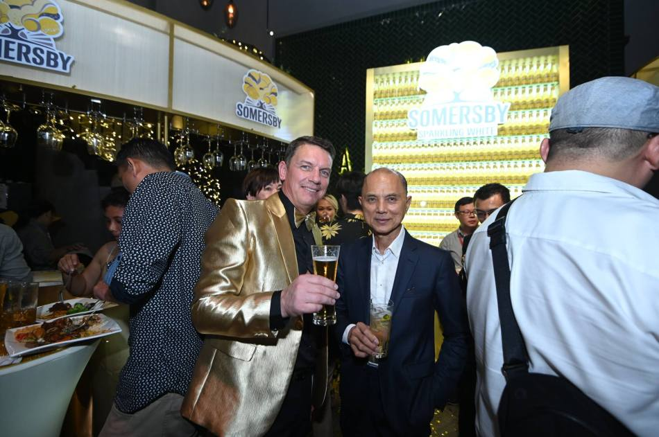 Managing Director of Carlsberg Malaysia Lars Lehmann with Dato Jimmy Choo