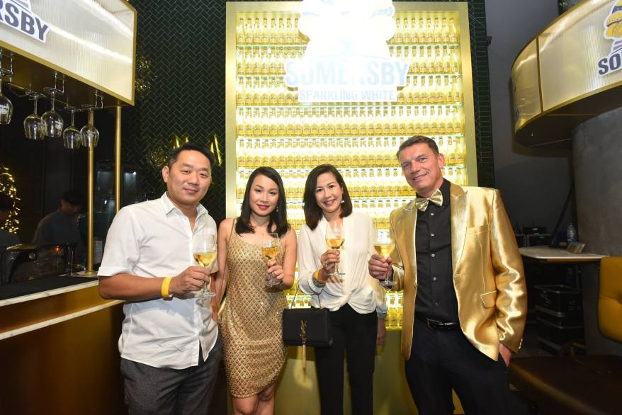 Carlsberg Malaysia Managing Director Lars Lehmann (far right) and HR Director Felicia Teh (2nd from left) with guests