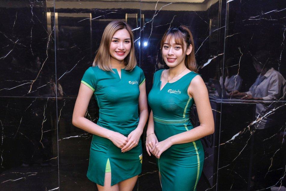 Pretty Carlsberg Malaysia girls
